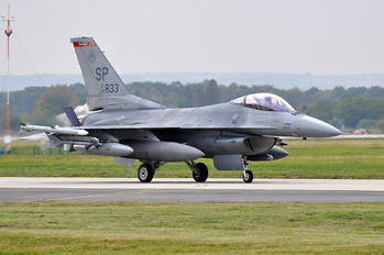 90-0833 - USA - Air Force Lockheed Martin F-16CJ Fighting Falcon