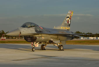 92-3920 - USA - Air Force Lockheed Martin F-16C Fighting Falcon