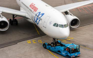 EC-LVL - Air Europa Airbus A330-200