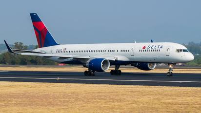 N664DN - Delta Air Lines Boeing 757-200WL