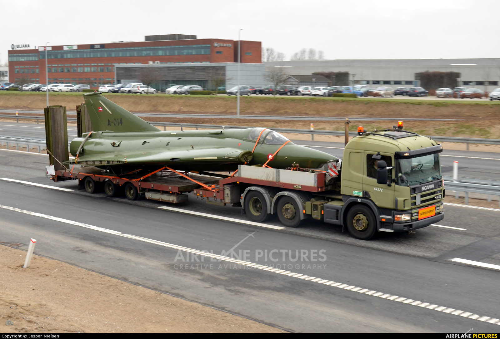 Saab F-35 Draken, A-002, Royal Danish Air Force | Saab J35 Draken ...