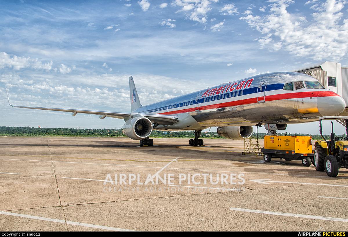 American Airlines N197AN aircraft at Asuncion - Silvio Pettirossi Intl