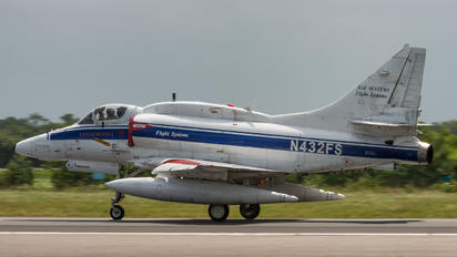 N432FS - BAe Systems Douglas A-4 Skyhawk (all models)