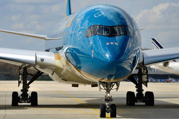 VN-A888 - Vietnam Airlines Airbus A350-900