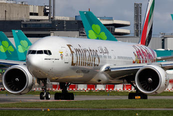 A6-EPA - Emirates Airlines Boeing 777-300ER