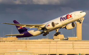 N857FD - FedEx Federal Express Boeing 777F