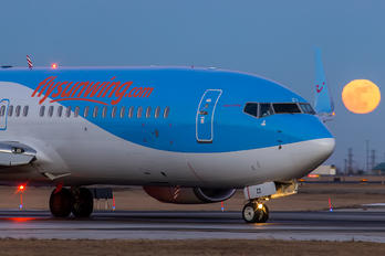 C-FHZZ - Sunwing Airlines Boeing 737-800