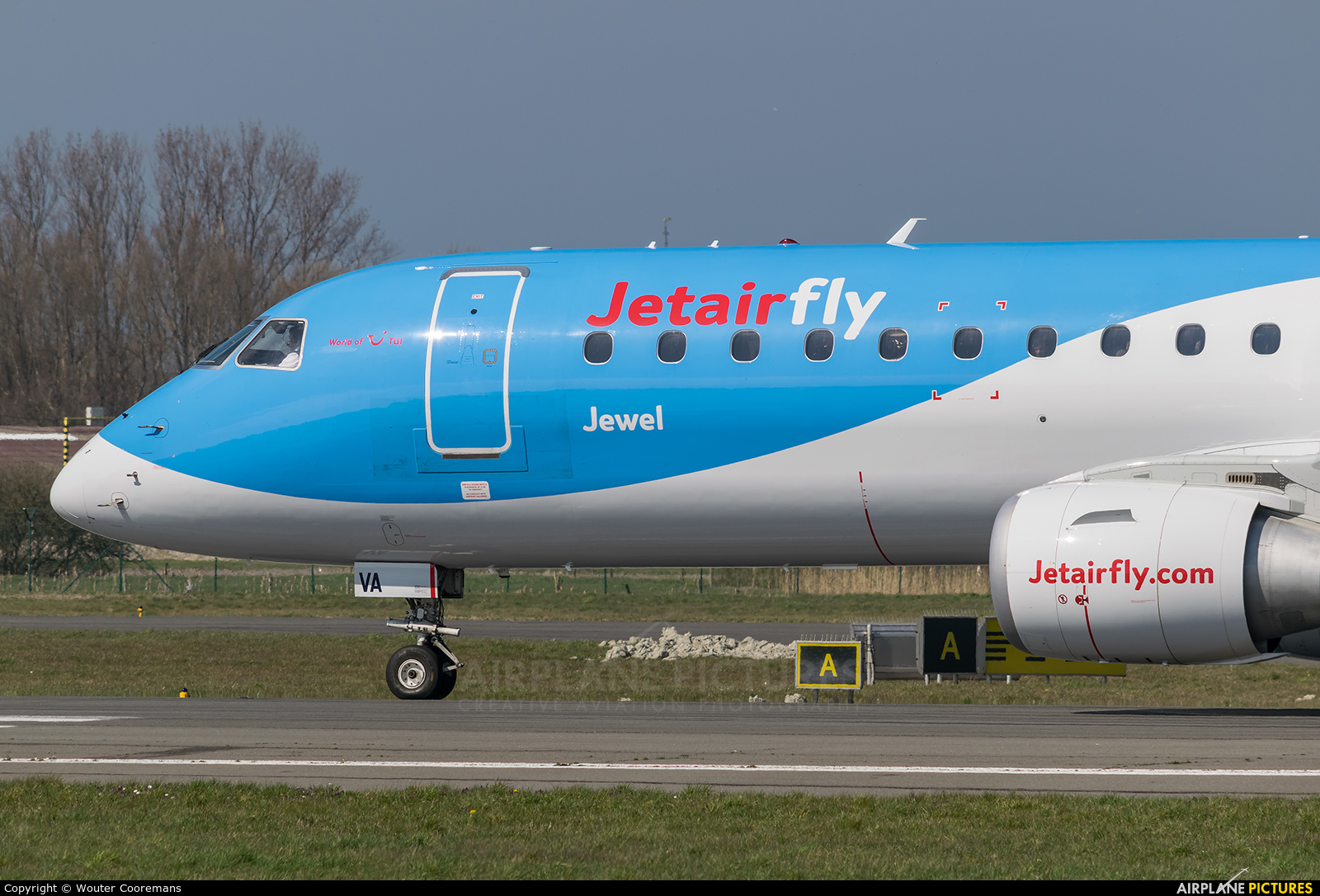 Jetairfly (TUI Airlines Belgium) OO-JVA aircraft at Ostend / Bruges