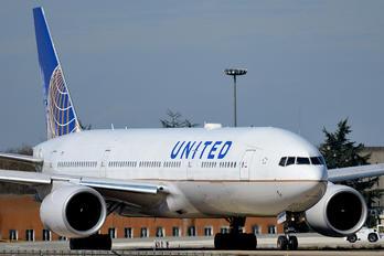 N791UA - United Airlines Boeing 777-200ER