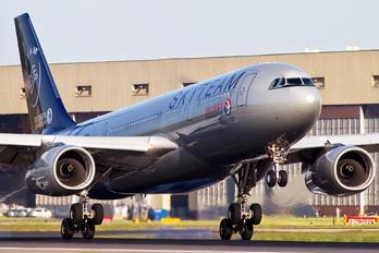 B-5949 - China Eastern Airlines Airbus A330-200