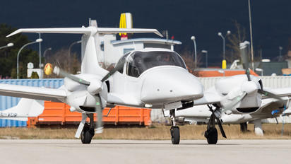 OE-VSA - Diamond Aircraft Industries Diamond DA62