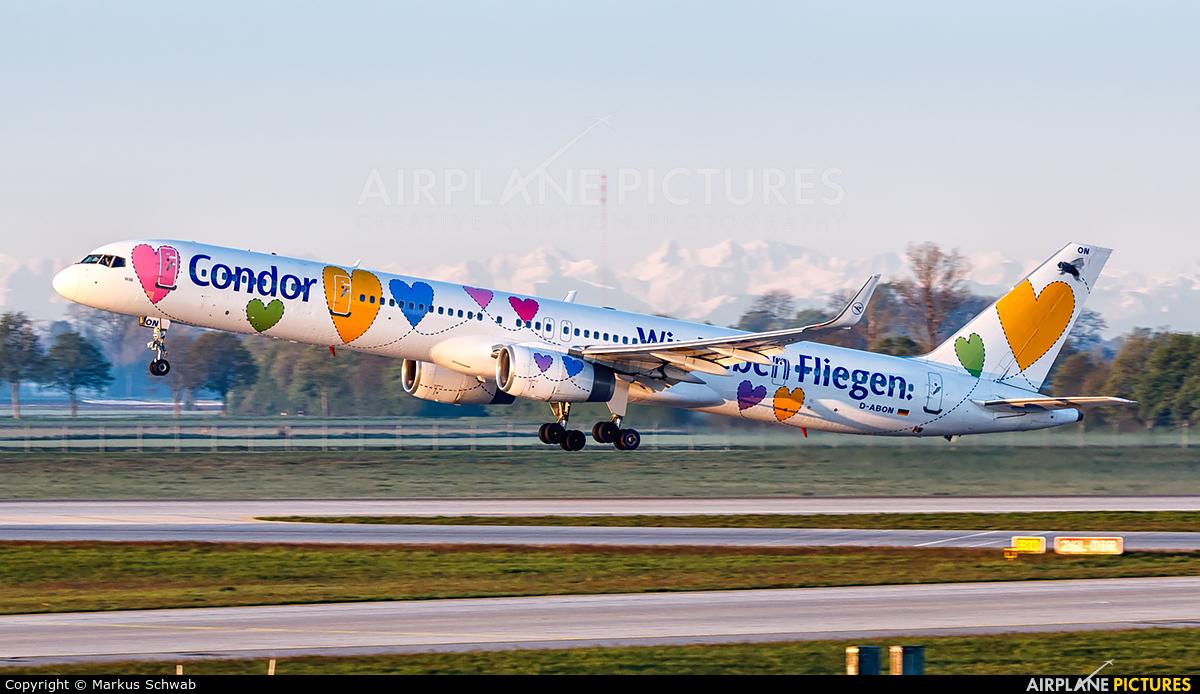 Condor D-ABON aircraft at Munich