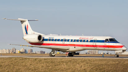 N831AE - American Eagle Embraer ERJ-145LR
