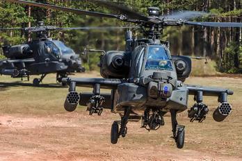 25321 - USA - Army Boeing AH-64 Apache