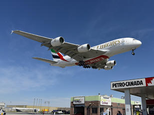 A6-EOL - Emirates Airlines Airbus A380