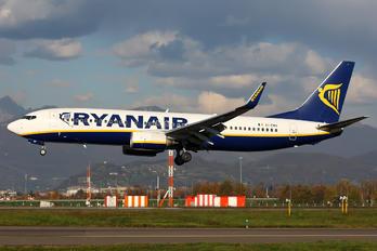 EI-EMH - Ryanair Boeing 737-800