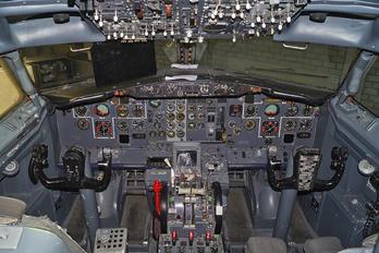 - - Private Boeing 737-200