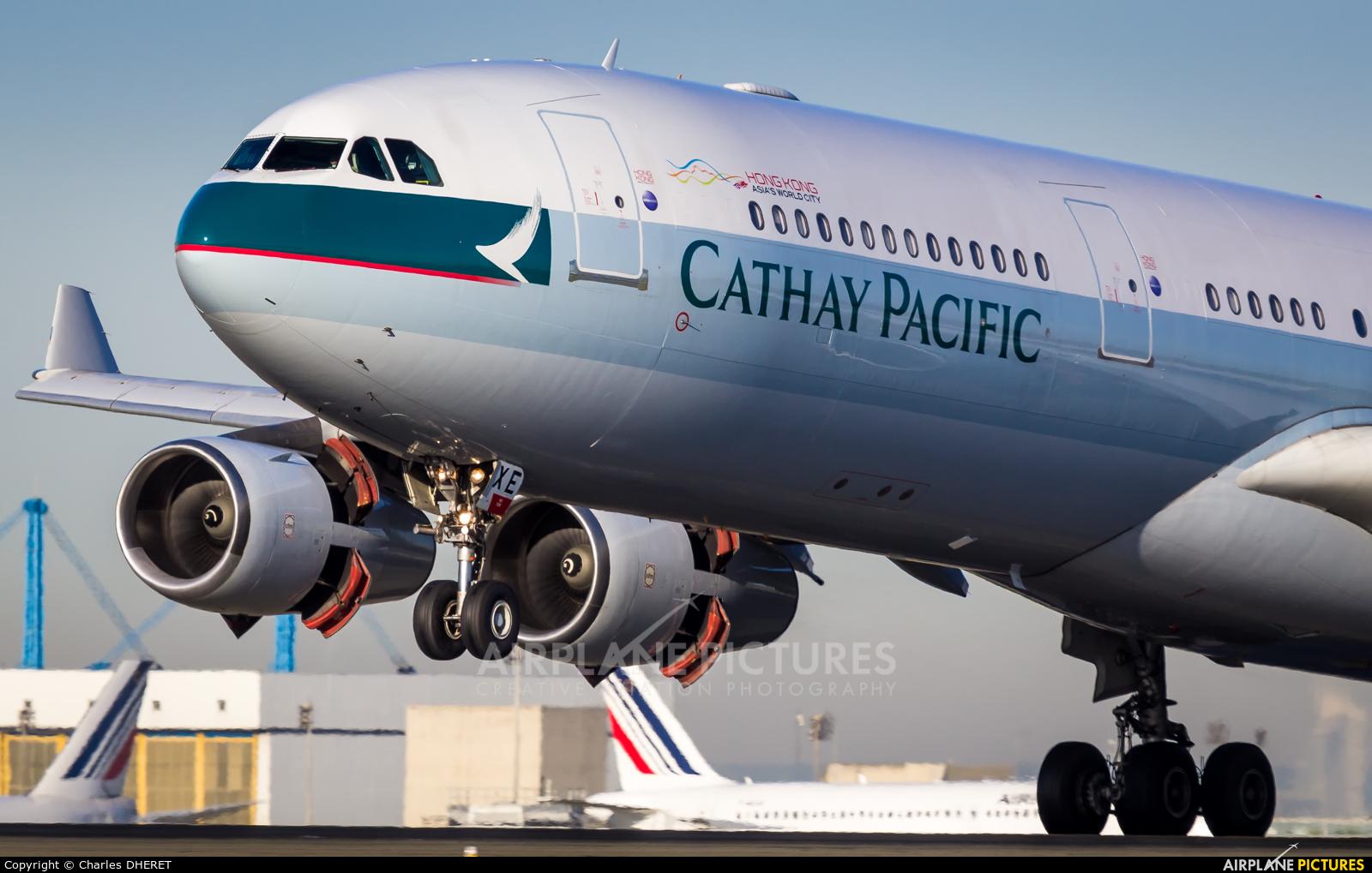 Cathay Pacific B-HXE aircraft at Paris - Charles de Gaulle