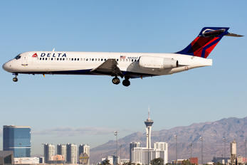 N920AT - Delta Air Lines Boeing 717