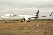 First LATAM B767 visit to Praque title=