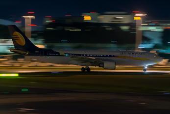 VT-JWW - Jet Airways Airbus A330-200