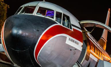 OH-VKN - Kar-Air Convair CV-440 Metropolitan