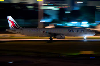 4R-ABQ - SriLankan Airlines Airbus A321
