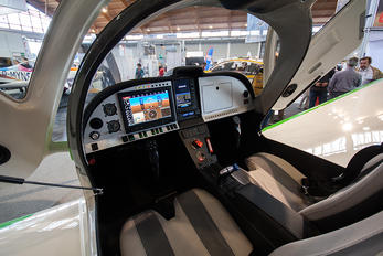 - - Private Aerosport ONE Aircraft