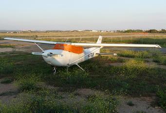 EC-DLR - Private Cessna 172 Skyhawk (all models except RG)