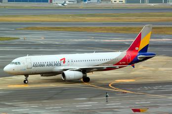 HL7769 - Asiana Airlines Airbus A320