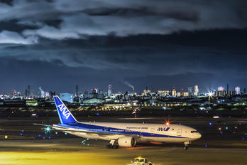 JA741A - ANA - All Nippon Airways Boeing 777-200ER