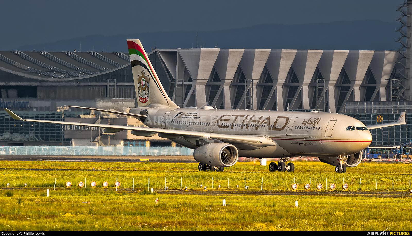 Etihad Airways A6-EYR aircraft at Frankfurt