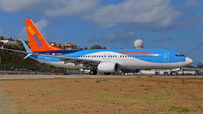 C-FLZR - Sunwing Airlines Boeing 737-800