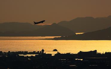 JA745A - ANA - All Nippon Airways Boeing 777-200ER
