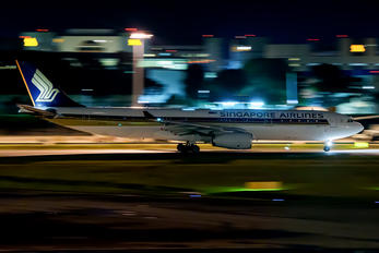 9V-STO - Singapore Airlines Airbus A330-300