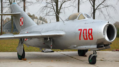 708 - Poland - Air Force PZL Lim-2