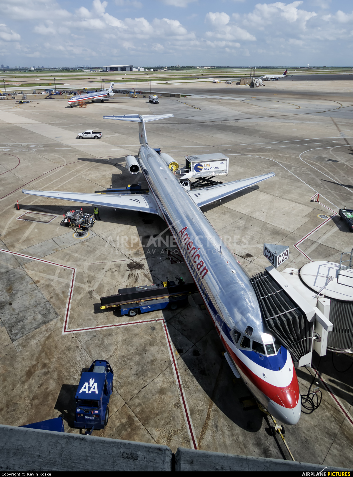 American Airlines - aircraft at Dallas - Fort Worth Intl