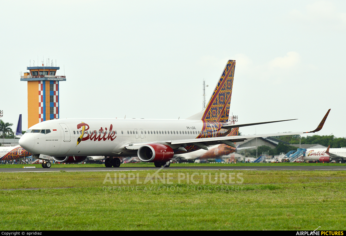 Batik Air PK-LDE aircraft at In Flight - International