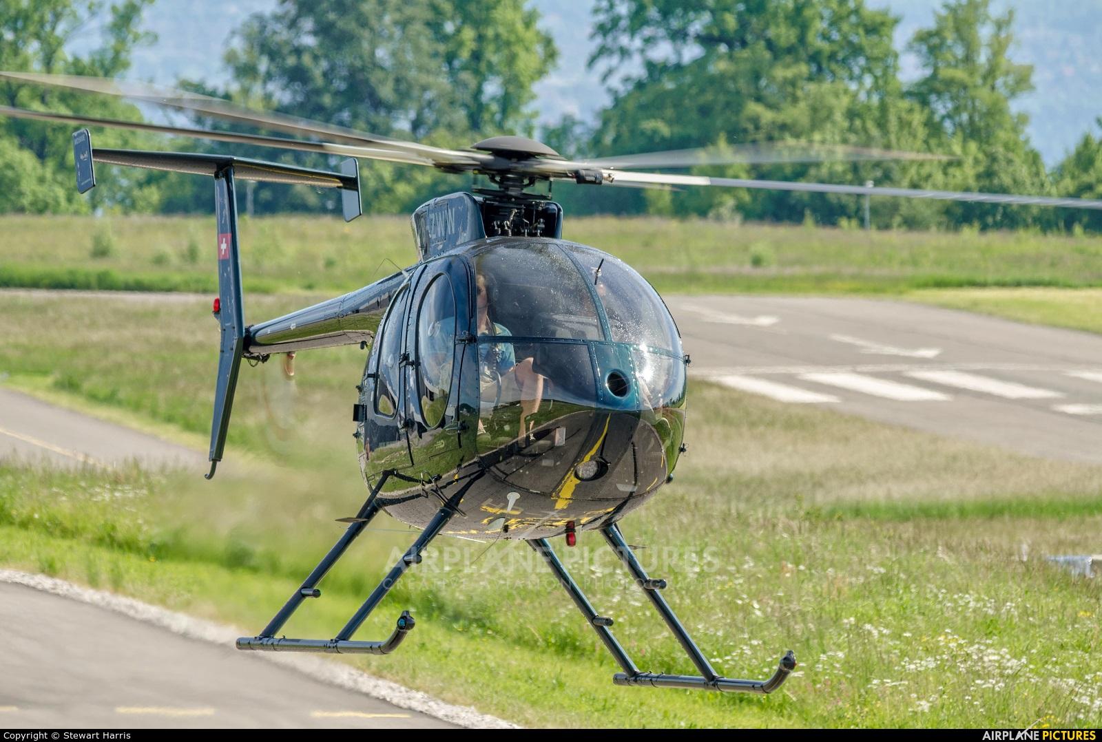 Private HB-ZWW aircraft at Lausanne - La Blécherette