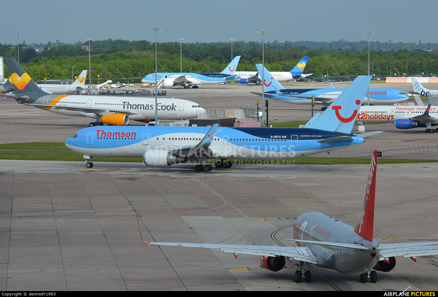 Thomson/Thomsonfly G-OBYG aircraft at Manchester