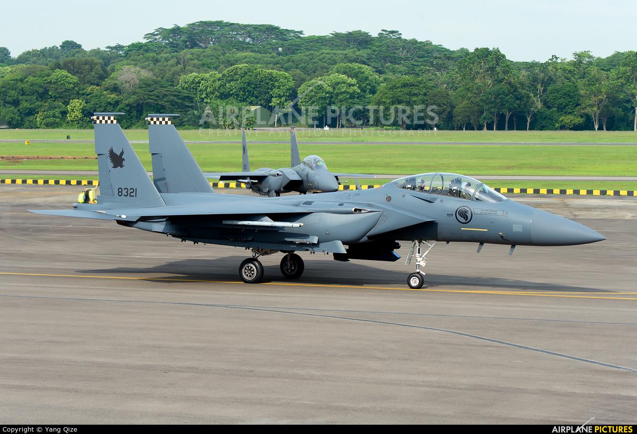 Singapore - Air Force 8321 aircraft at Paya Lebar