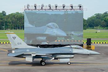 614 - Singapore - Air Force Lockheed Martin F-16CJ Fighting Falcon