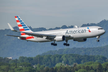 N395AN - American Airlines Boeing 767-300ER