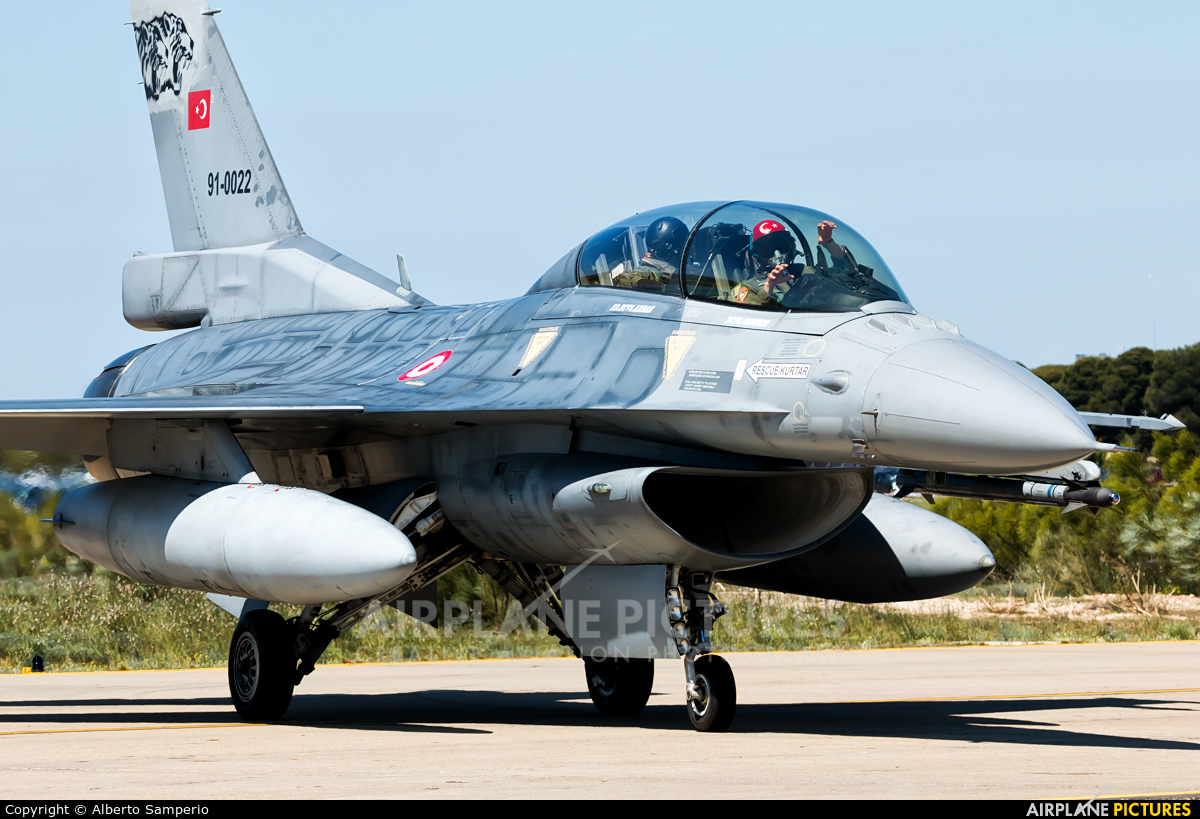 Turkey - Air Force 91-0022 aircraft at Zaragoza