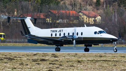 F-GLND - Twin Jet Beechcraft 1900D Airliner