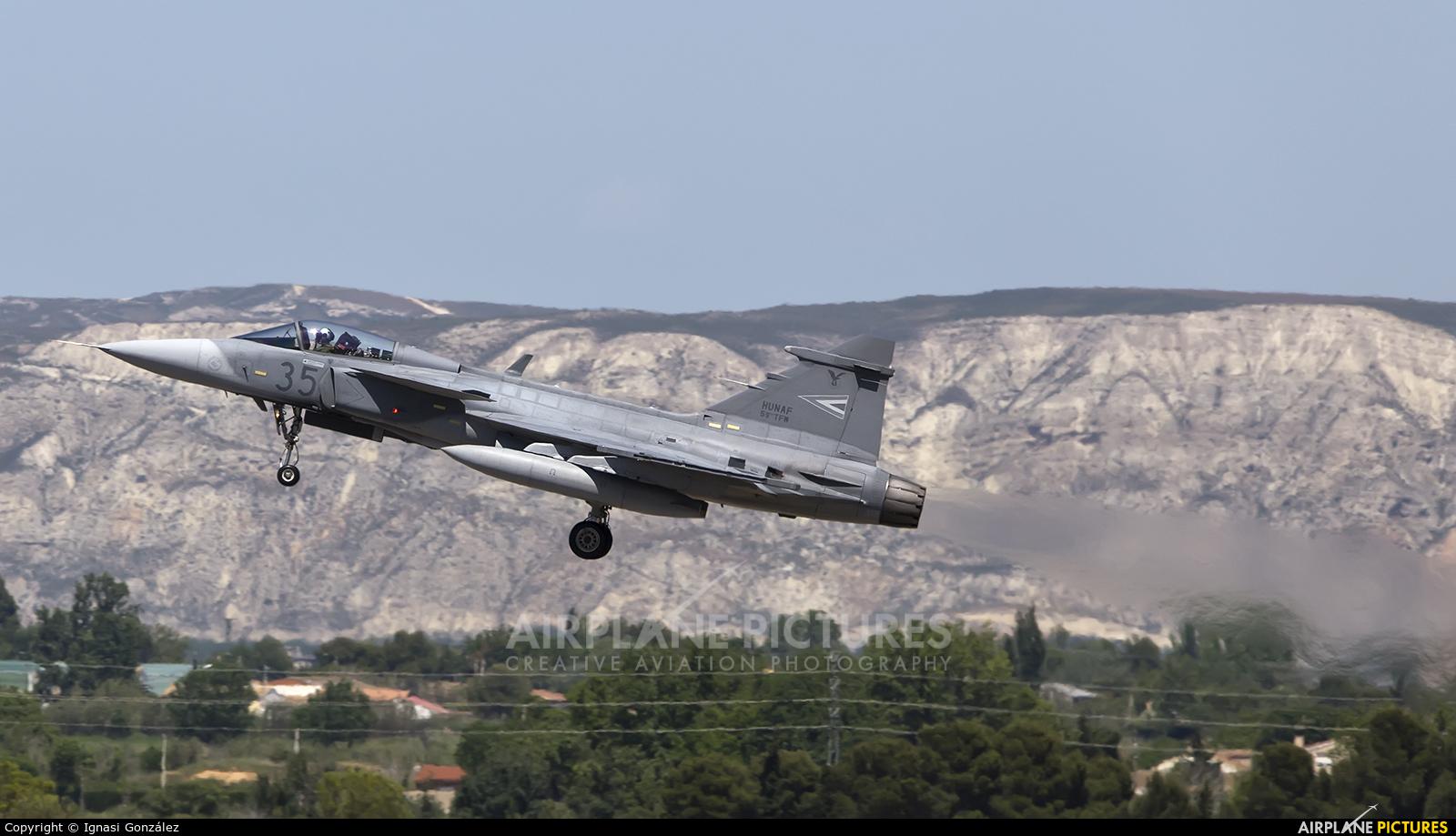 Hungary - Air Force 35 aircraft at Zaragoza