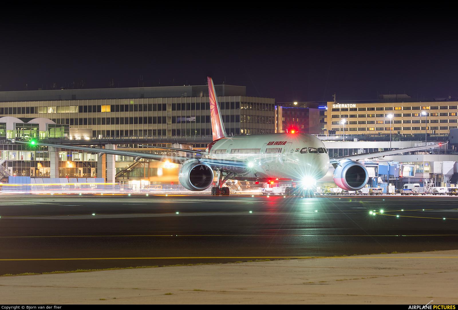 Air India VT-ANC aircraft at Frankfurt