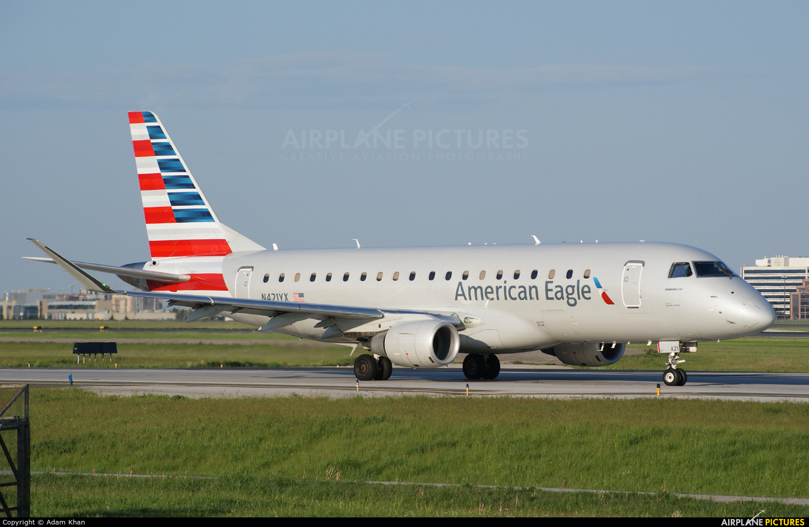 American Eagle N421YX aircraft at Toronto - Pearson Intl, ON