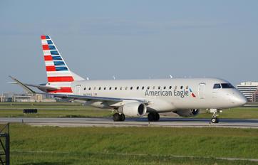 N421YX - American Eagle Embraer ERJ-175 (170-200)