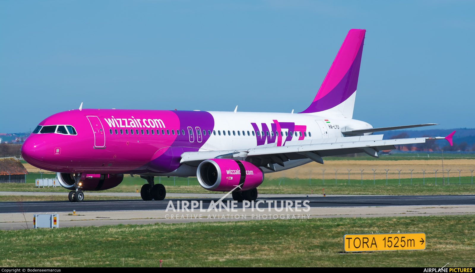 Wizz Air HA-LYU aircraft at Memmingen